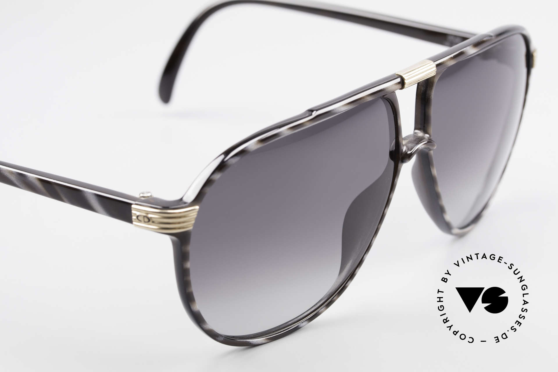Christian Dior 2300 Optyl Monsieur Sunglasses, gray-gradient sun lenses for 100% UV protection, Made for Men