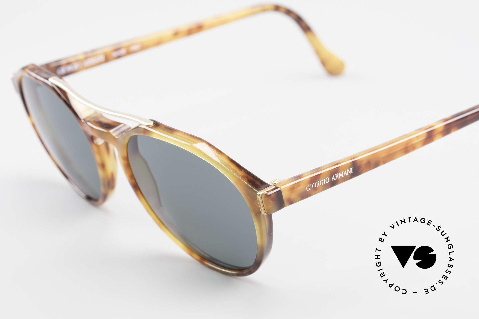 Giorgio Armani 311 Round Aviator 80s Sunglasses, never worn (like all our classic GIORGIO Armani shades), Made for Men and Women
