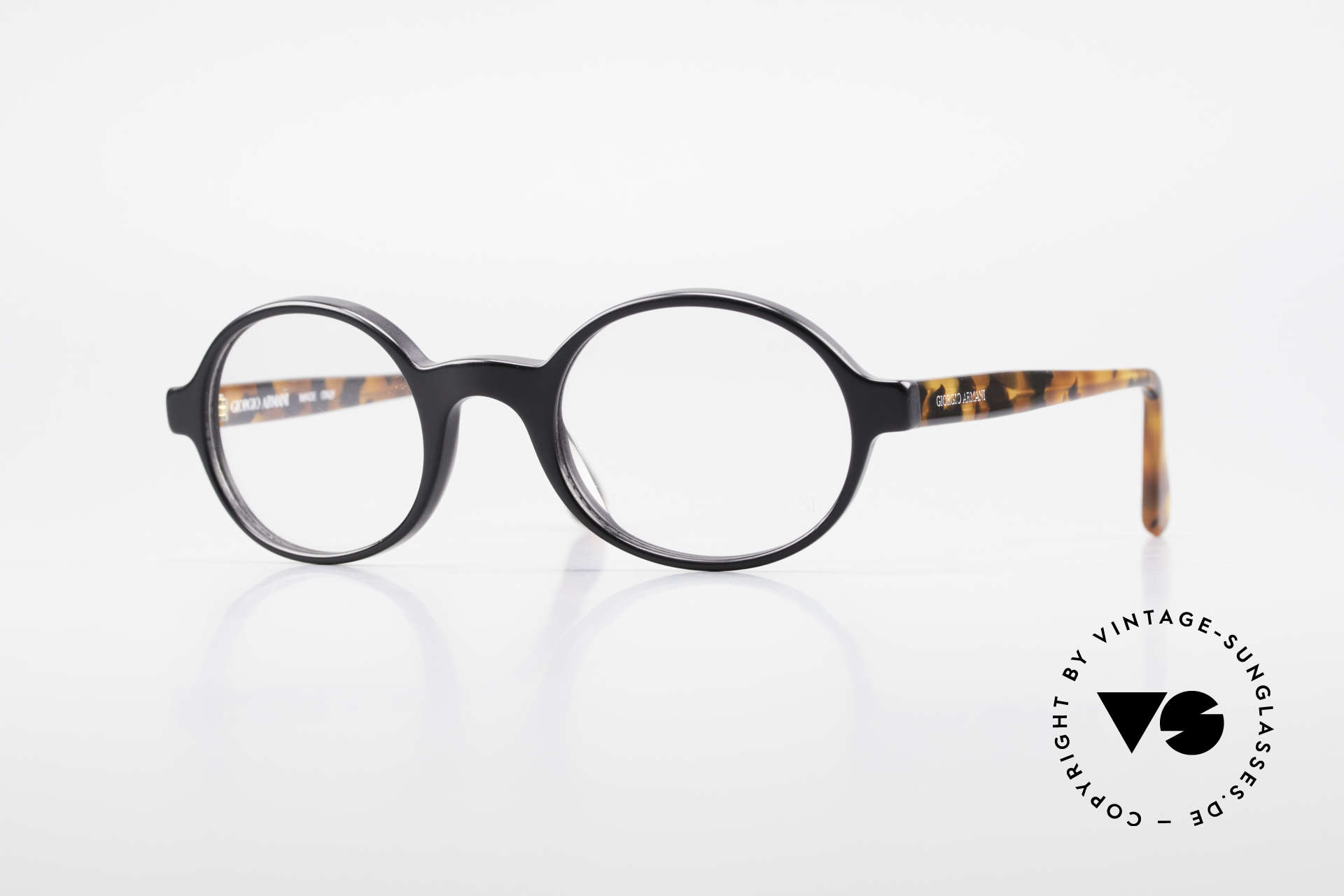 Giorgio Armani 308 Oval 80's Vintage Eyeglasses, timeless vintage Giorgio Armani designer eyeglasses, Made for Men and Women
