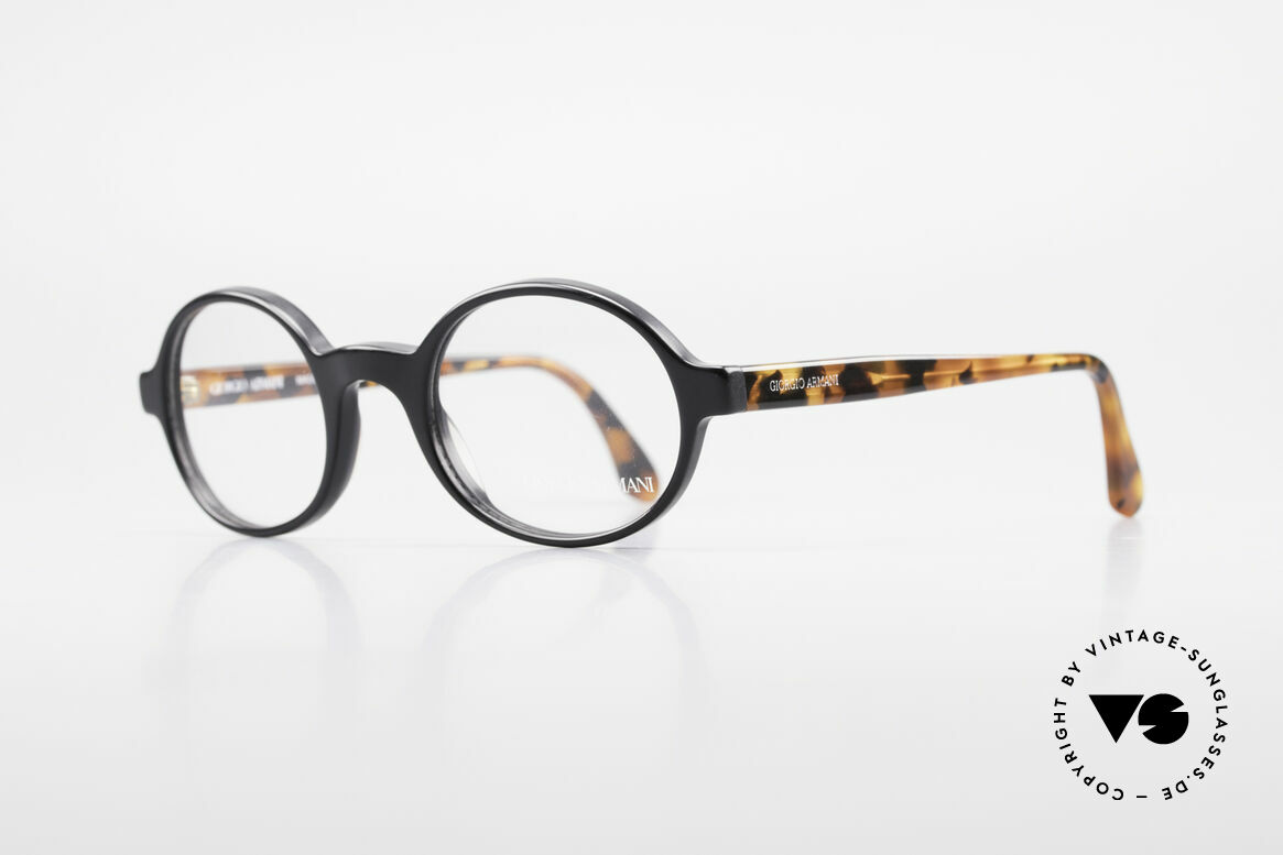 Giorgio Armani 308 Oval 80's Vintage Eyeglasses, high-end craftsmanship and very pleasant to wear, Made for Men and Women