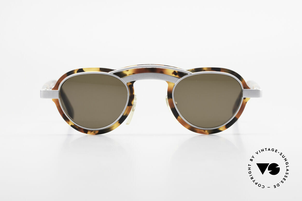 Alain Mikli 5107 / 0504 Rare 80's Designer Shades, a creation made by the famous designer Alain Mikli, Made for Men and Women