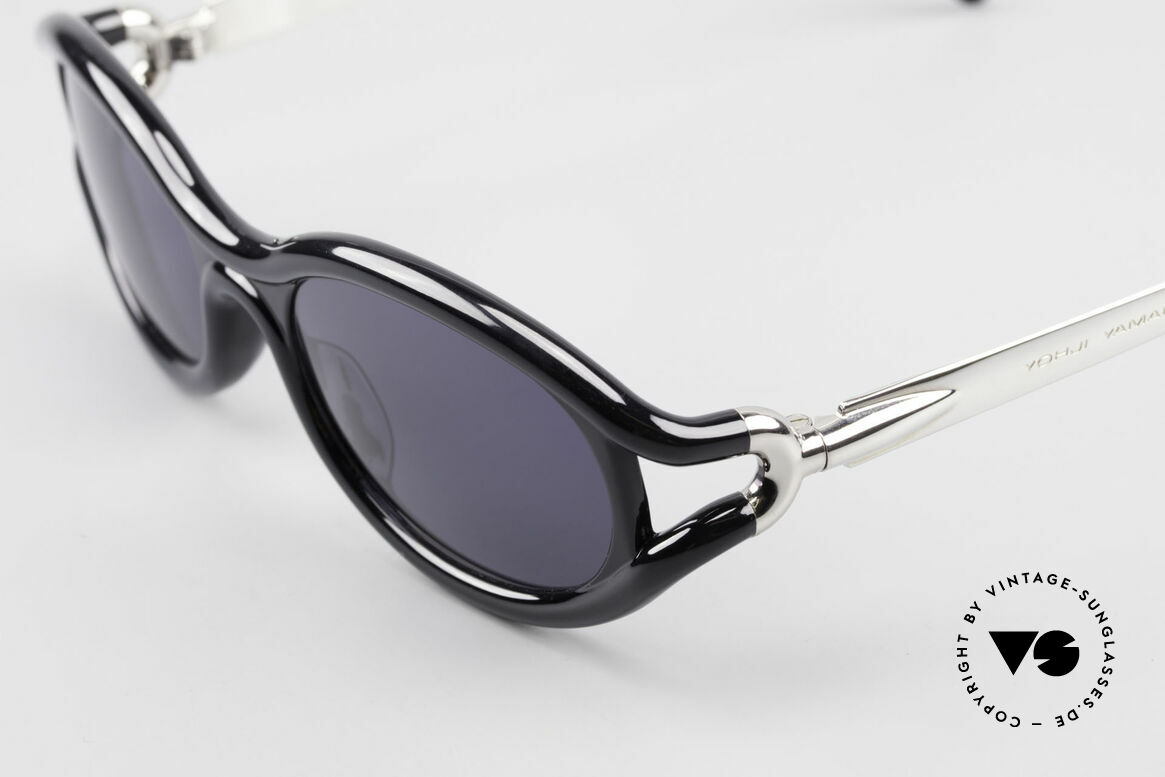 Yohji Yamamoto 52-5201 Designer Shades Made in Japan, unworn (like all our rare vintage YY designer sunglasses), Made for Men and Women