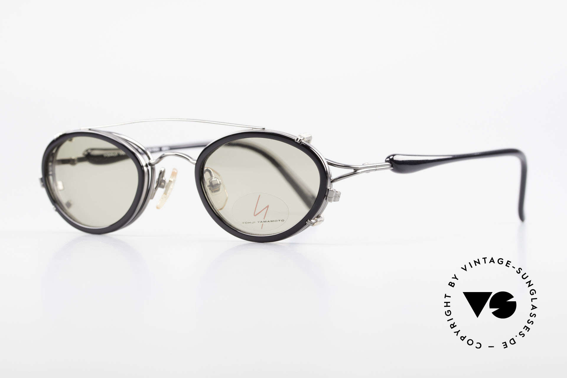 Yohji Yamamoto 51-7210 No Retro Shades Clip-On 90's, fantastic frame finish (gunmetal) with black temples, Made for Men and Women