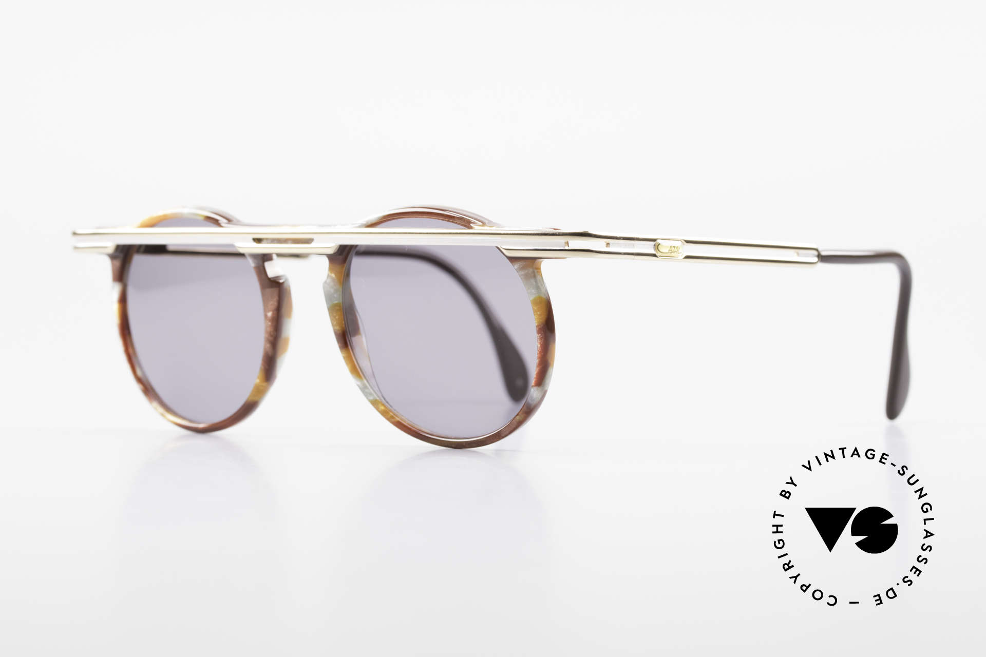 Cazal 648 Cari Zalloni Round Shades 90s, extroverted frame construction with unique coloring, Made for Men and Women