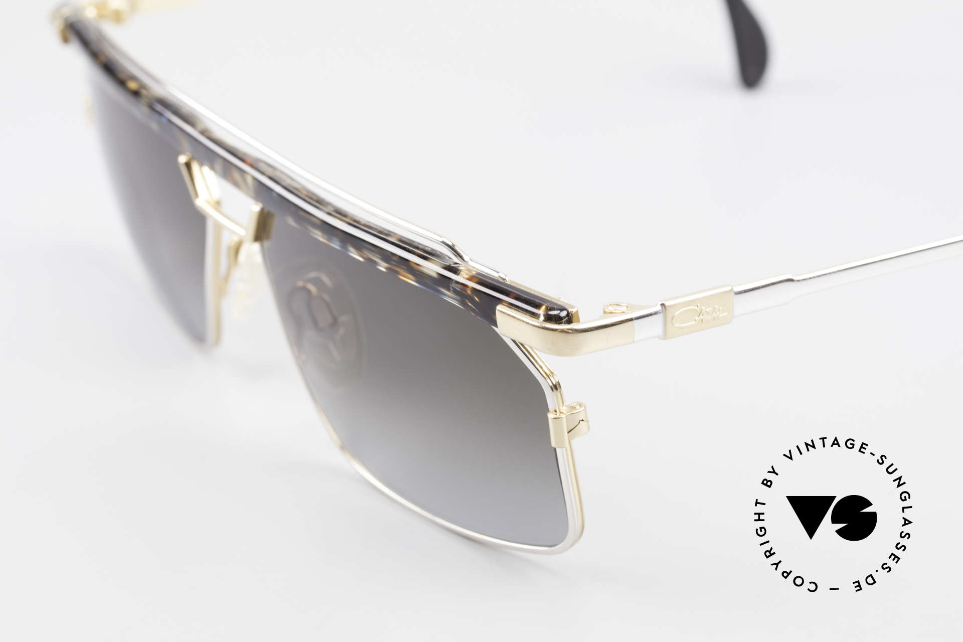 Cazal 752 Extraordinary Vintage Shades, great metalwork and overall craftmanship; Top!, Made for Men