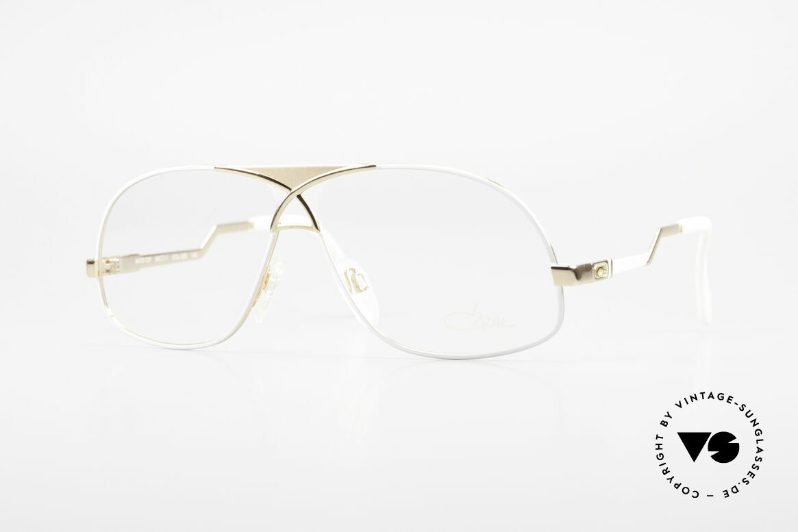 Cazal 737 80's Vintage Men's Eyeglasses, rare vintage Cazal eyeglasses of the late 1980's, Made for Men