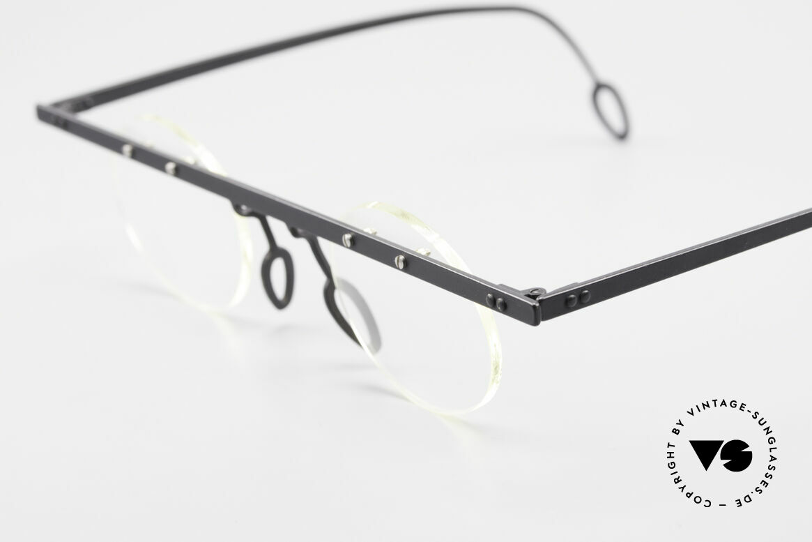 Theo Belgium Tita VII 11 Vintage Titanium Eyeglasses, the clear DEMO lenses are fixed with screws at the frame, Made for Men and Women
