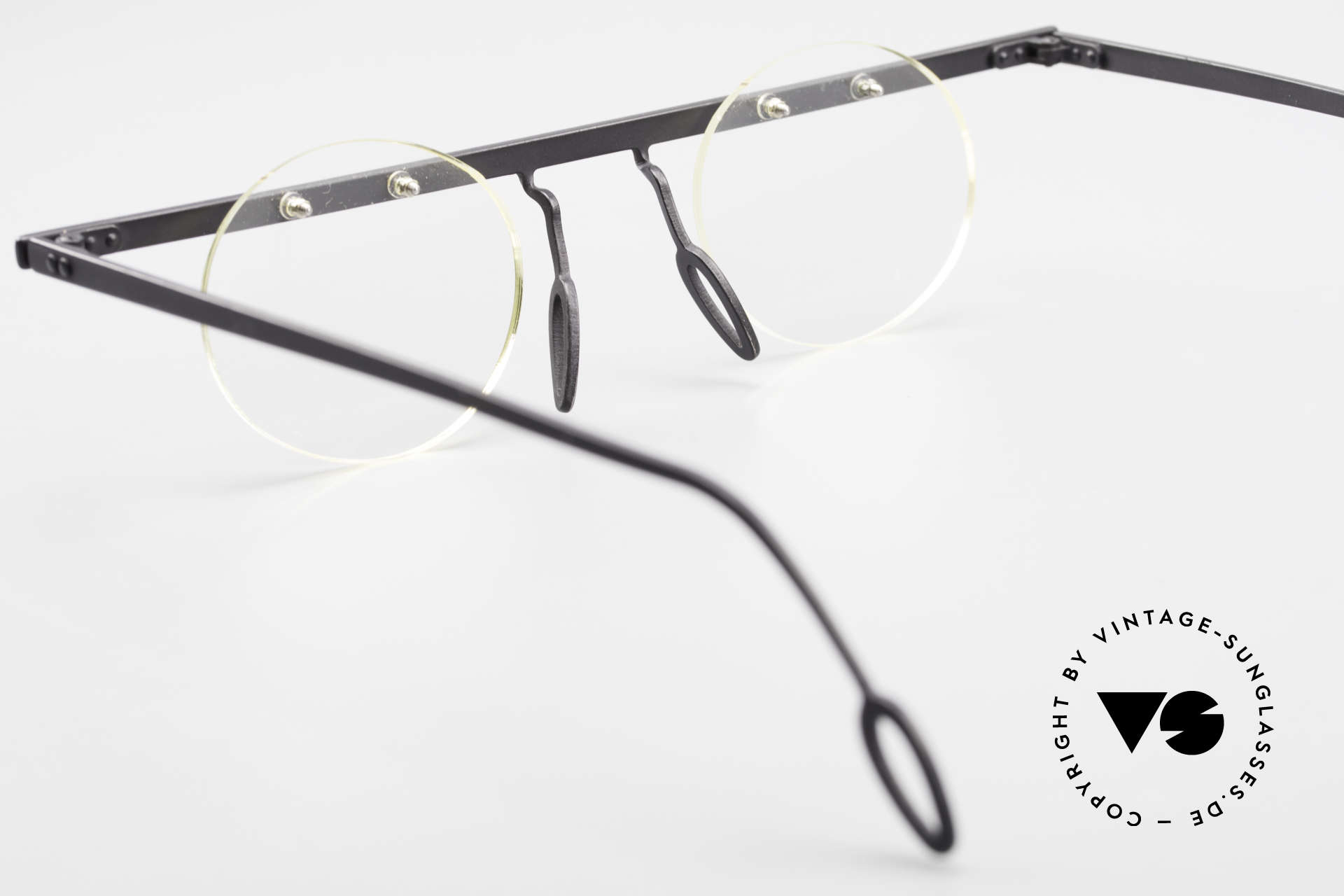 Theo Belgium Tita VII 11 Vintage Titanium Eyeglasses, Size: large, Made for Men and Women