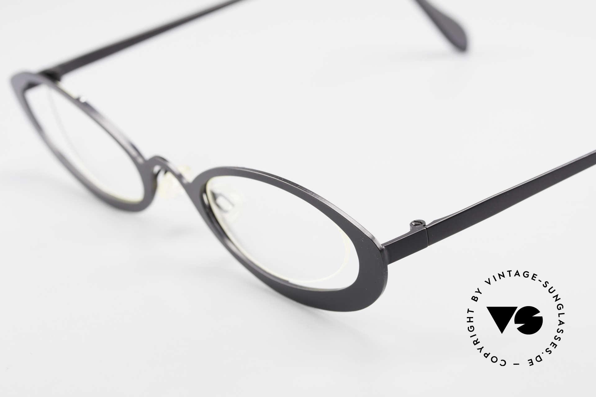 Theo Belgium RaRa Rimless 90's Cateye Glasses, an extraordinary designer piece by THEO BELGIUM, Made for Women