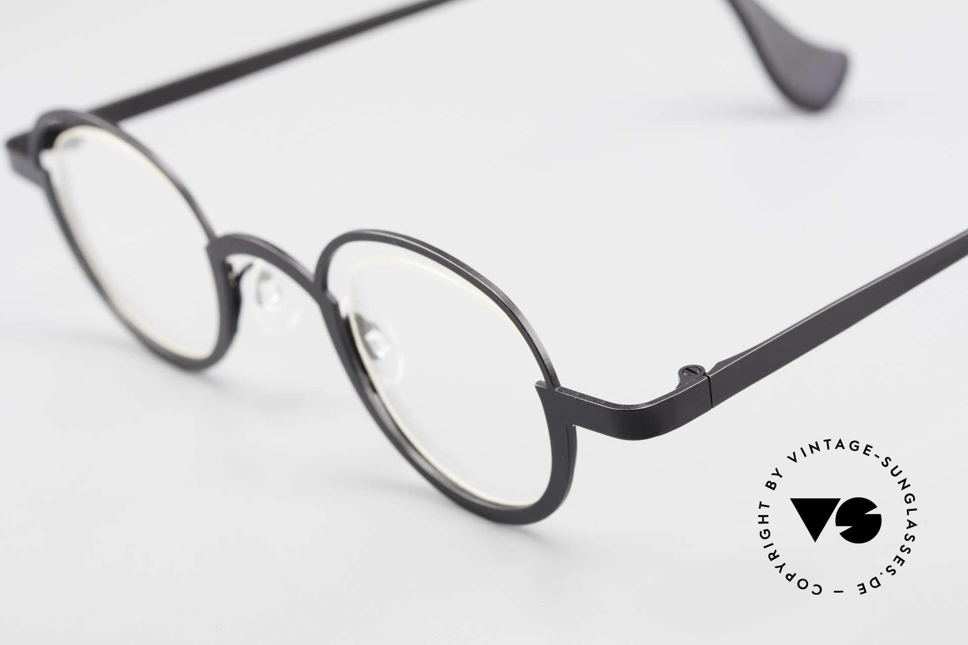 Theo Belgium Dozy Slim Rimless 90's Metal Eyeglasses, an extraordinary designer piece by THEO BELGIUM, Made for Men and Women