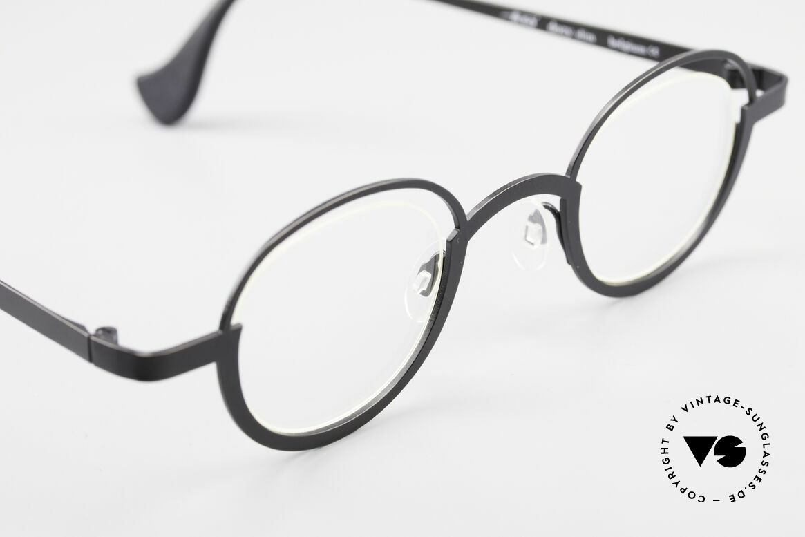 Theo Belgium Dozy Slim Rimless 90's Metal Eyeglasses, unworn, one of a kind, Theo specs for all who dare, Made for Men and Women