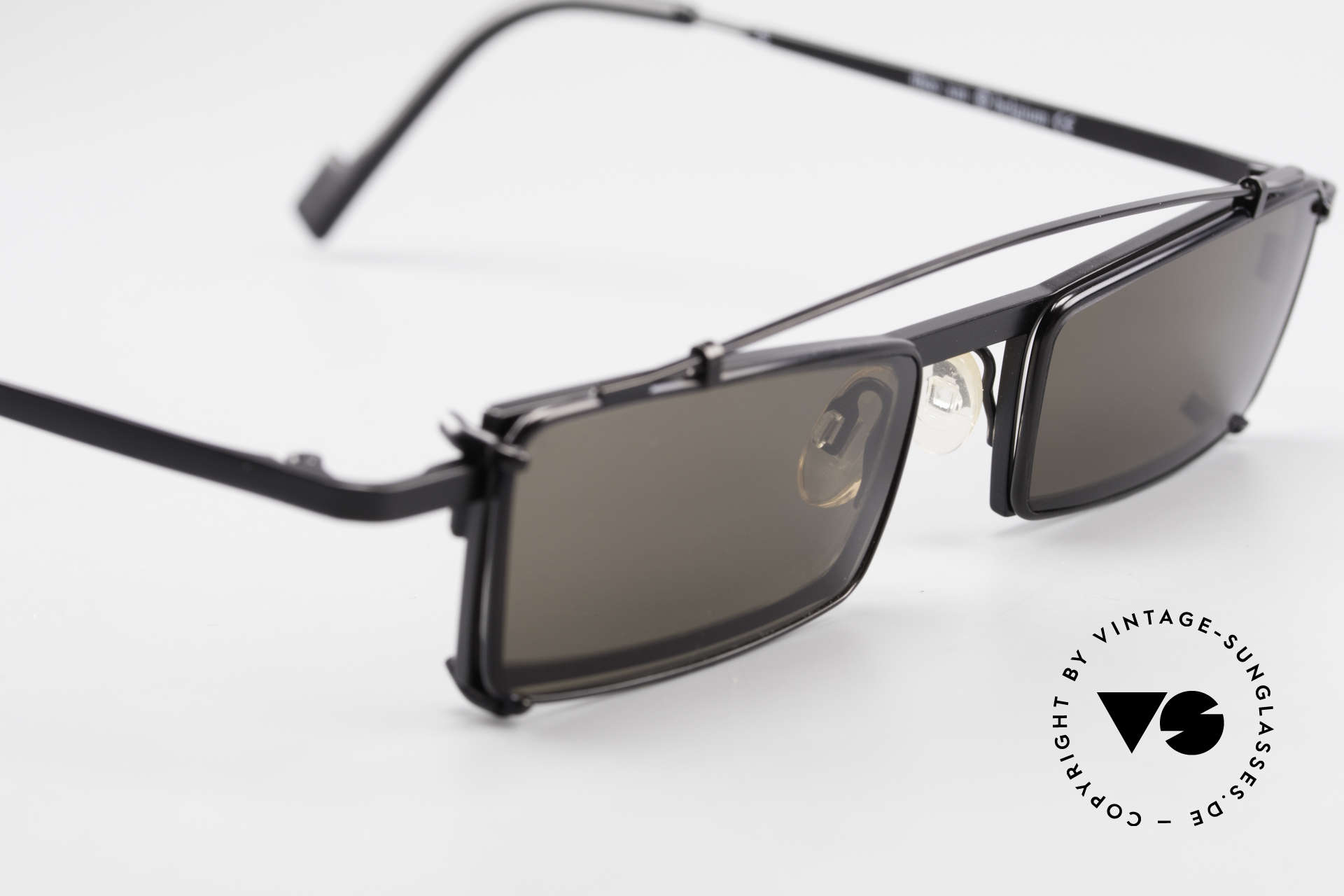 Theo Belgium XM Square Designer Frame Clip On, unworn, one of a kind, THEO shades for all who dare ;), Made for Men