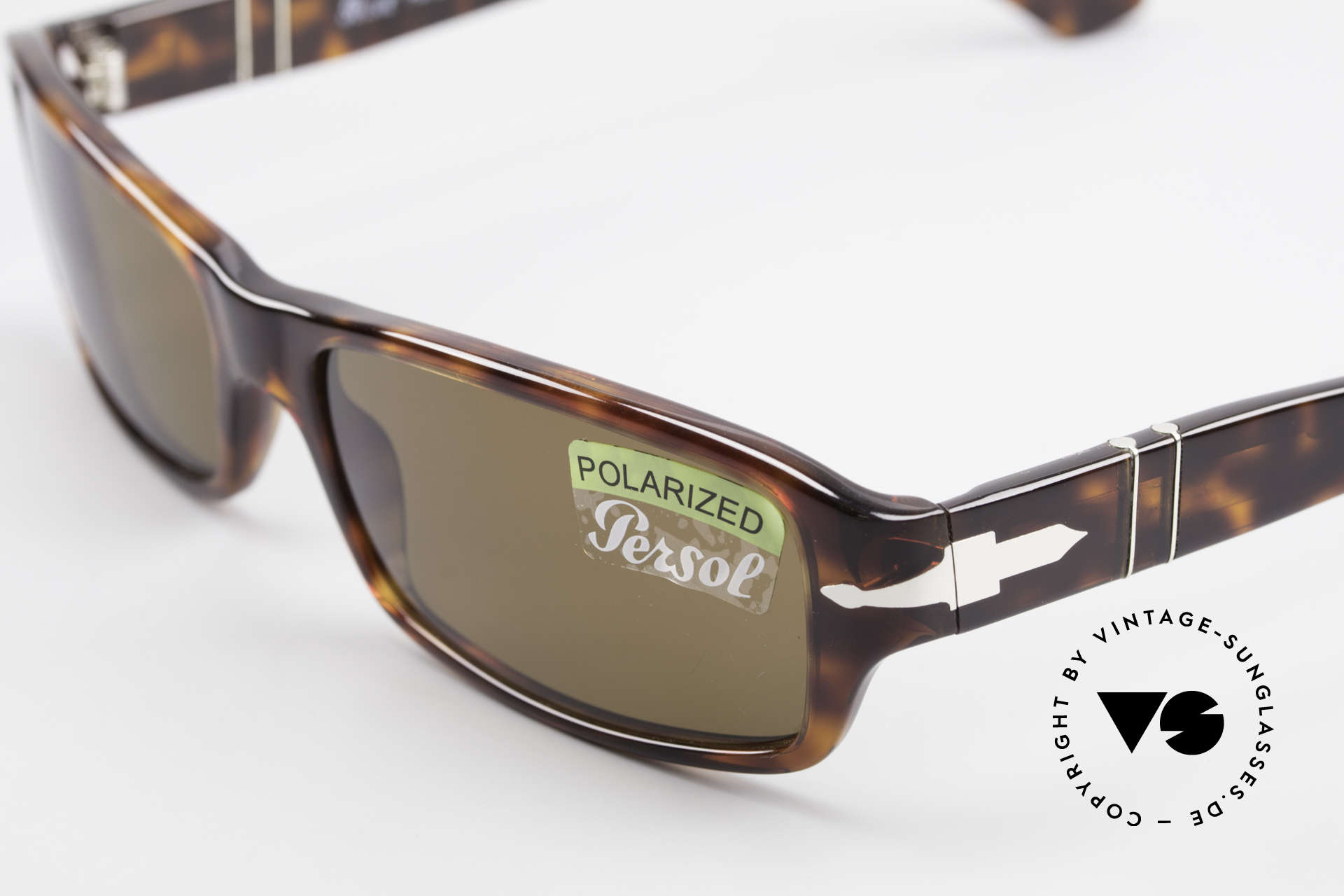 Persol 2786 Classic Sunglasses Polarized, unworn (like all our classic PERSOL sunglasses), Made for Men and Women