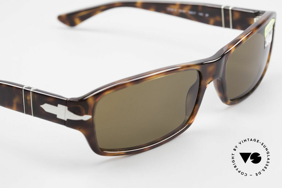Persol 2786 Classic Sunglasses Polarized, reissue of the old vintage Persol RATTI models, Made for Men and Women