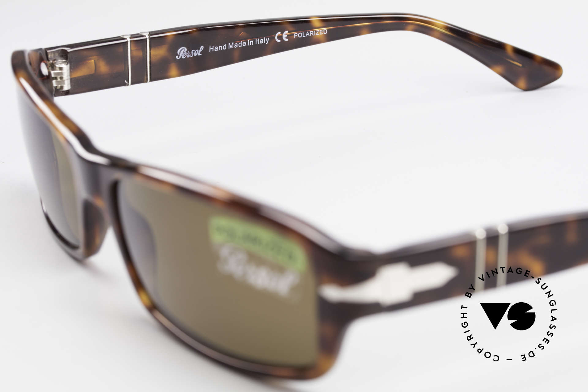 Persol 2786 Classic Sunglasses Polarized, sun lenses could be replaced with prescriptions, Made for Men and Women