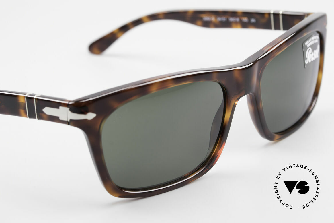 Persol 3062 Classic Unisex Sunglasses, reissue of the old vintage Persol RATTI models, Made for Men and Women