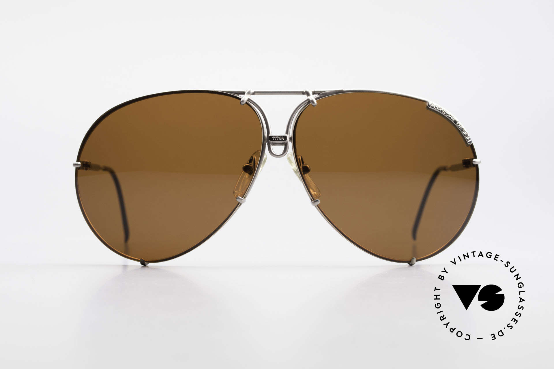 Porsche 5621 Limited Titan Edition 1980's, never worn (like all our vintage Porsche shades), Made for Men