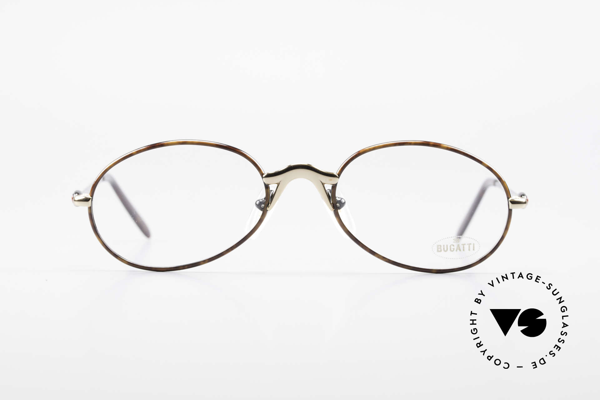 Bugatti 22157 Rare Oval 90's Vintage Specs, interesting frame finish in black and chestnut brown, Made for Men and Women