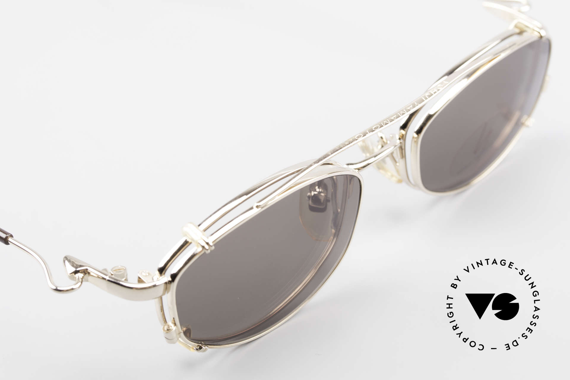 Yohji Yamamoto 51-7211 Gold Plated Frame With Clip On, never worn: like all our quality designer (sun)glasses, Made for Men and Women