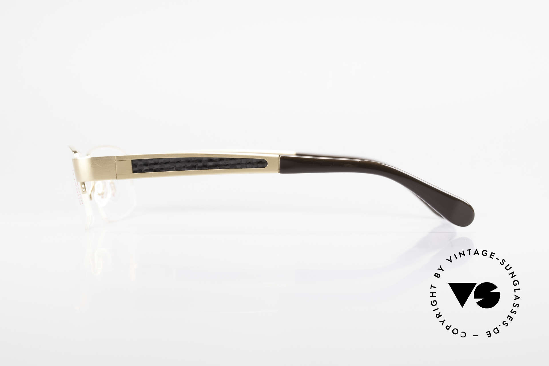 Bugatti 524 Carbon Titanium Gold Frame, flexible spring hinges for a 1st class wearing comfort, Made for Men