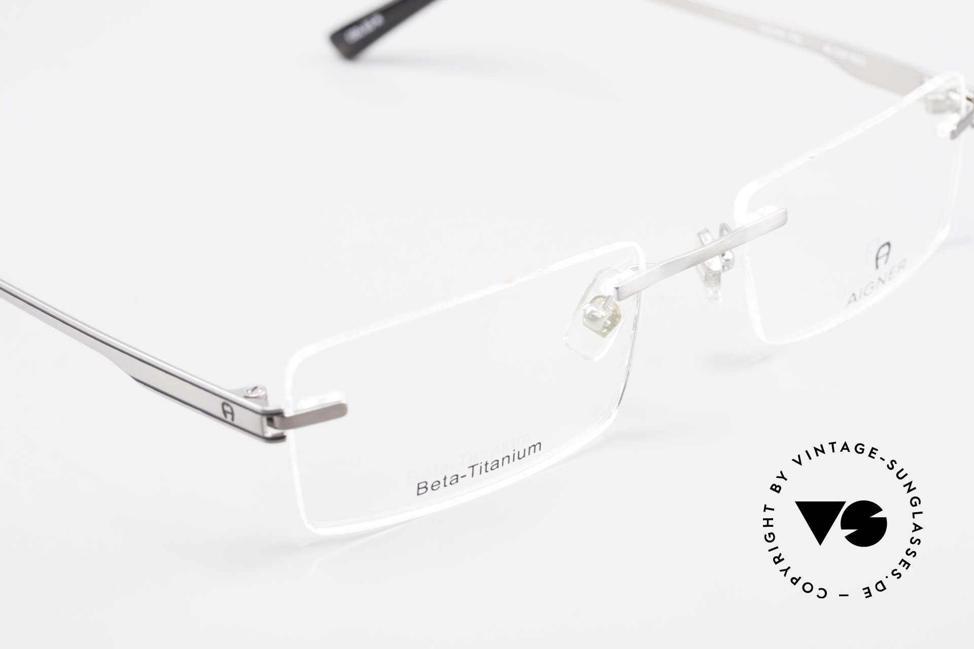 Aigner EA1023 Rimless Vintage Glasses Titan, NO RETRO, but genuine VINTAGE commodity (+ Shin case), Made for Men