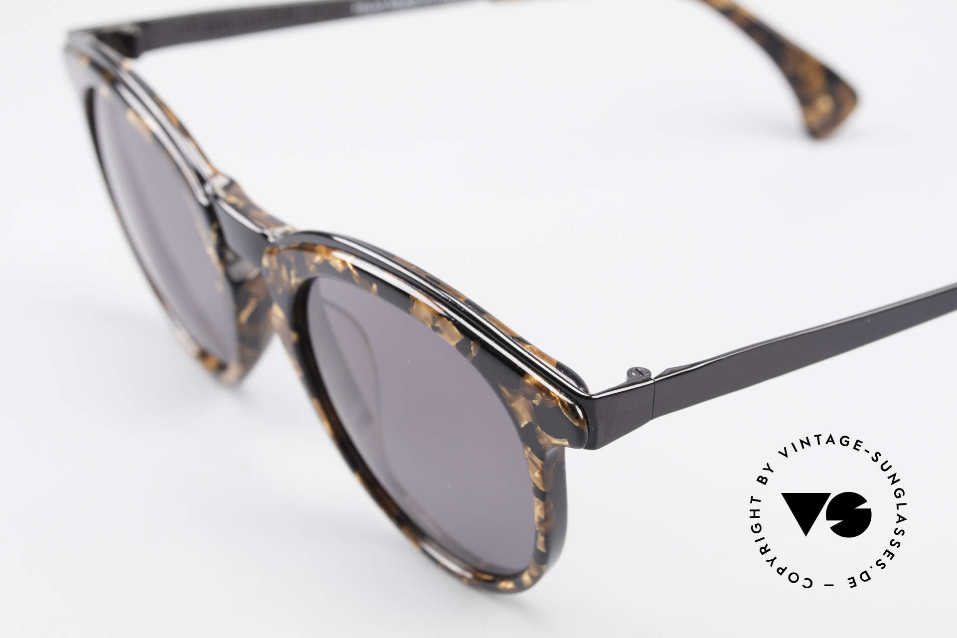 Alain Mikli 626 / 514 Rare Old 80's Panto Sunglasses, top craftsmanship & unique frame coloring / pattern, Made for Men and Women