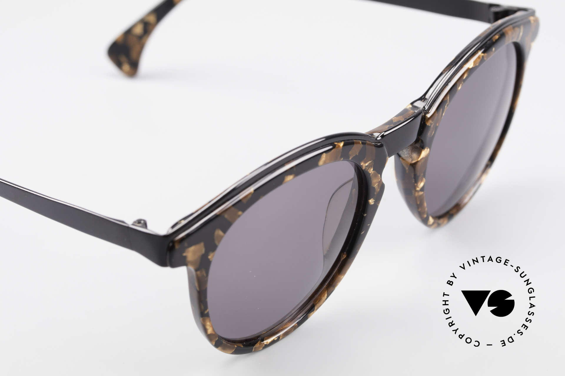 Alain Mikli 626 / 514 Rare Old 80's Panto Sunglasses, unworn (like all our rare vintage A. Mikli sunglasses), Made for Men and Women