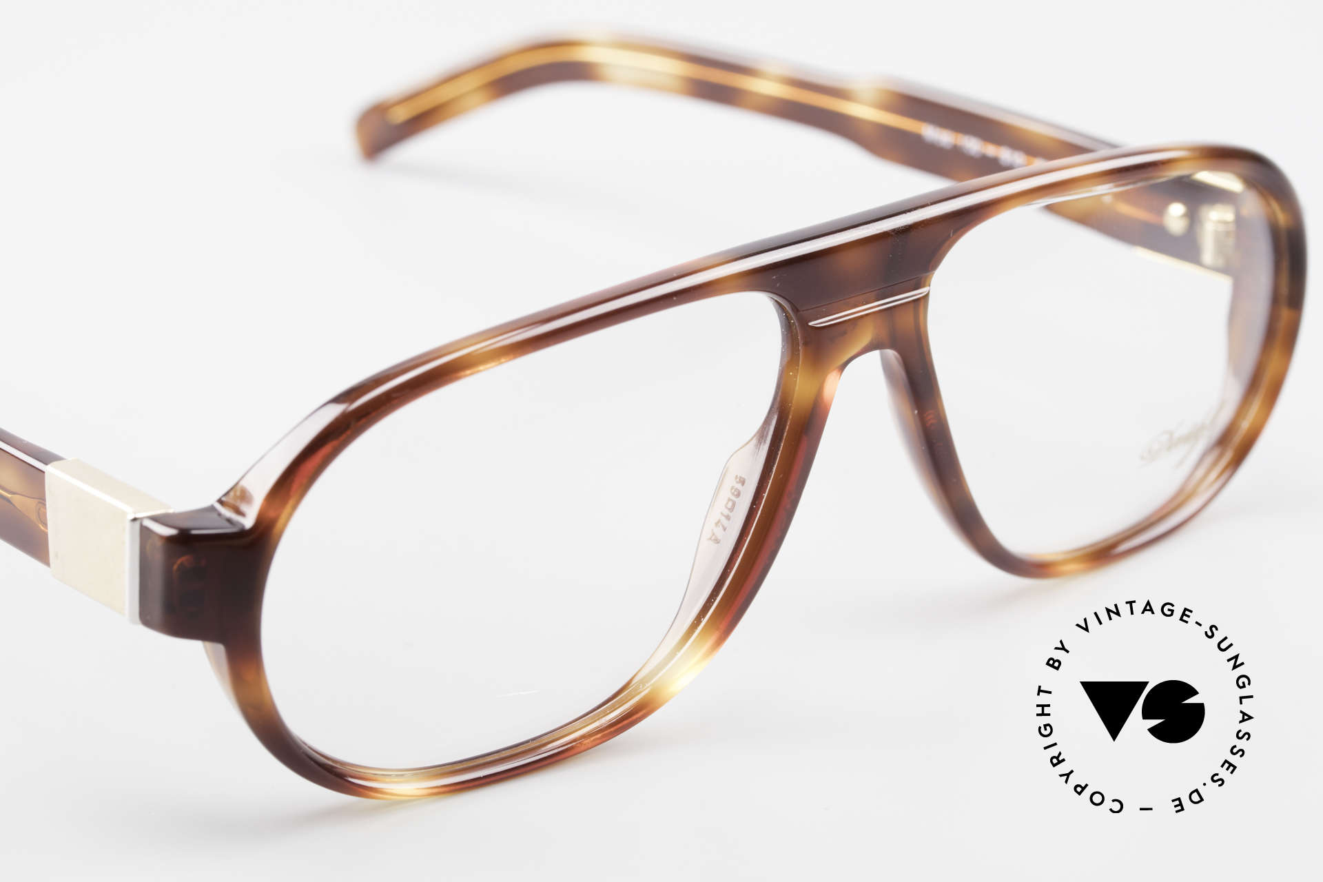 Davidoff 100 90's Men's Vintage Frame, demo lenses can be replaced with optical (sun) lenses, Made for Men