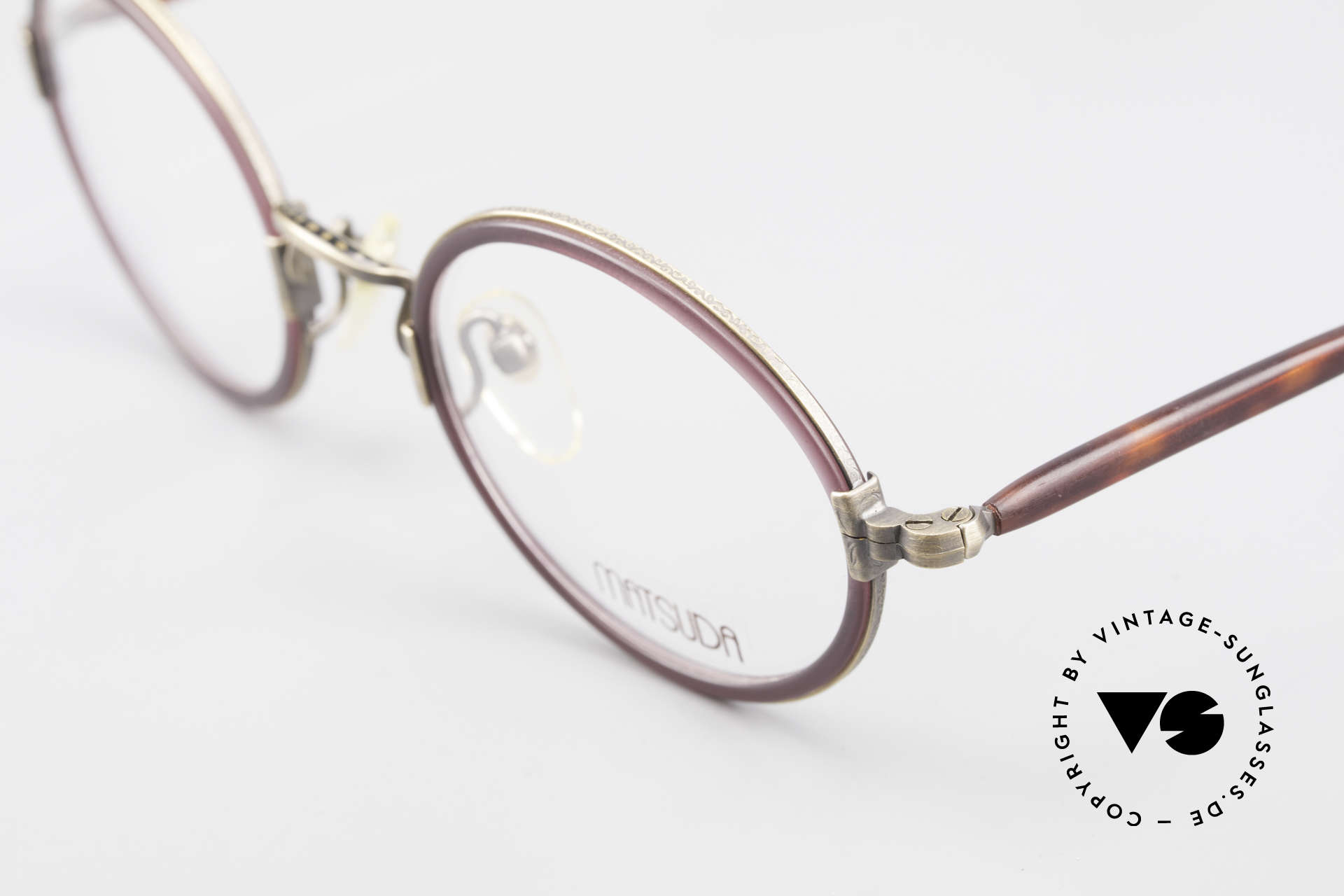 Matsuda 2834 Oval Round 90's Eyeglass-Frame, demo lenses can be easily replaced with prescriptions, Made for Men and Women