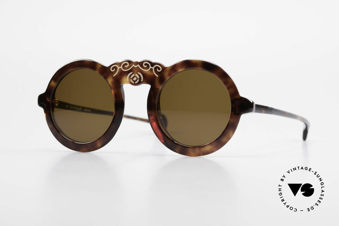 Laura Biagiotti V93 Shangai True Vintage 70's Sunglasses, lovely vintage ladies sunglasses by Laura Biagiotti, Made for Women