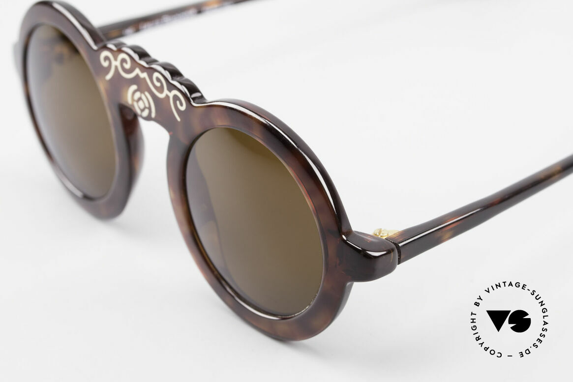 Laura Biagiotti V93 Shangai True Vintage 70's Sunglasses, unworn rarity; like all our vintage Biagiotti shades, Made for Women
