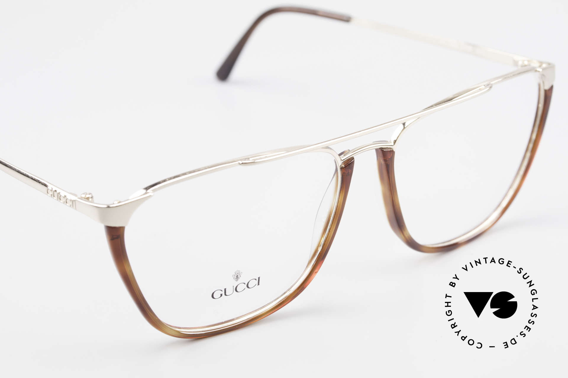 Gucci 1308 90's Designer Eyeglass-Frame, never worn (like all our vintage Gucci specs), Made for Men and Women