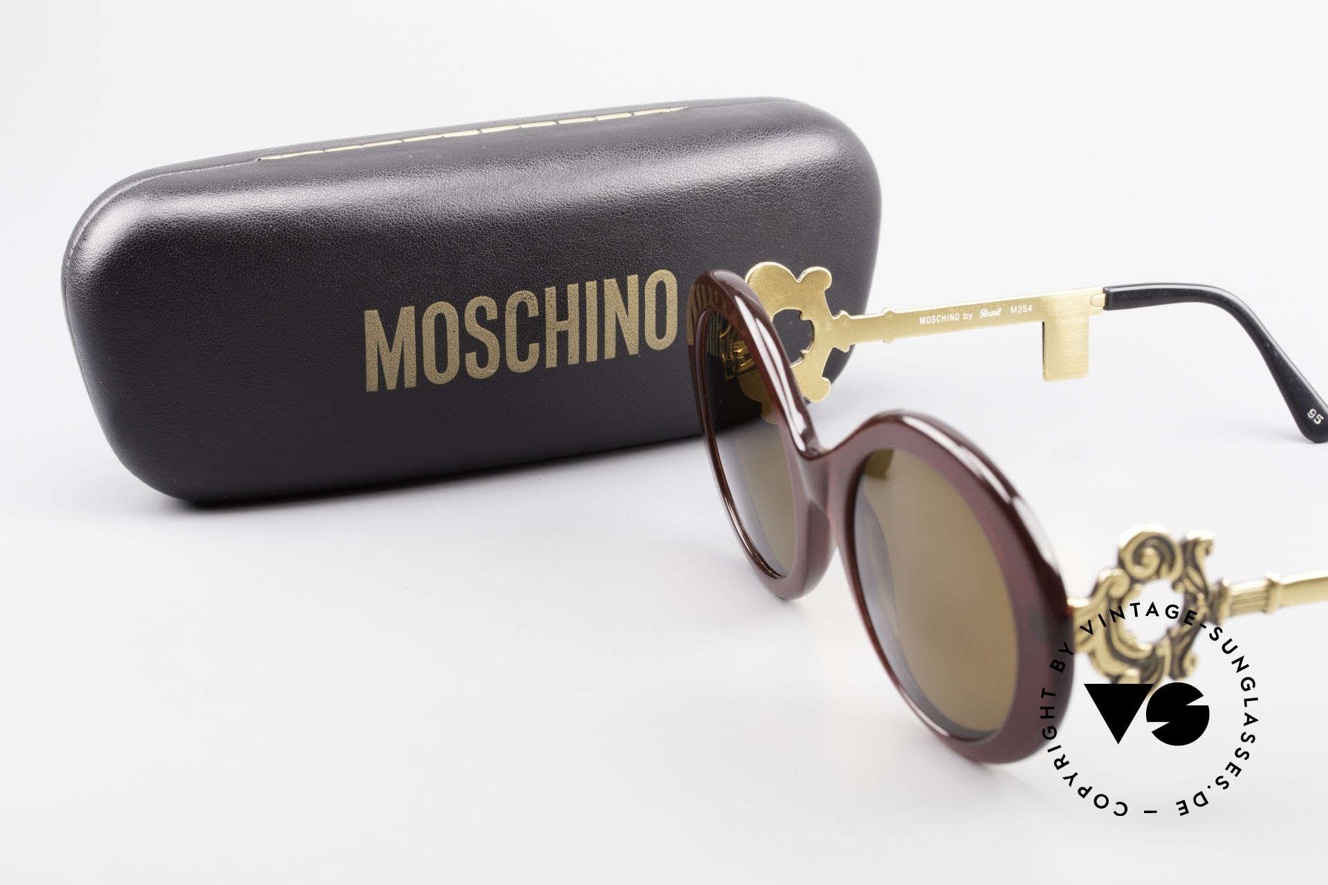 Moschino M254 Antique Key Sunglasses Rare, Size: medium, Made for Women