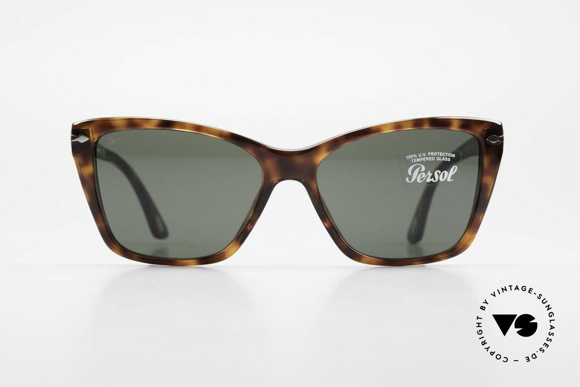 Persol 3023 Ladies Sunglasses Classic