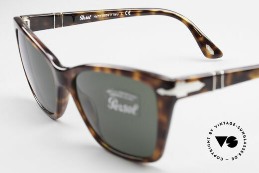 Persol 3023 Ladies Sunglasses Classic, sun lenses could be replaced with prescriptions, Made for Women