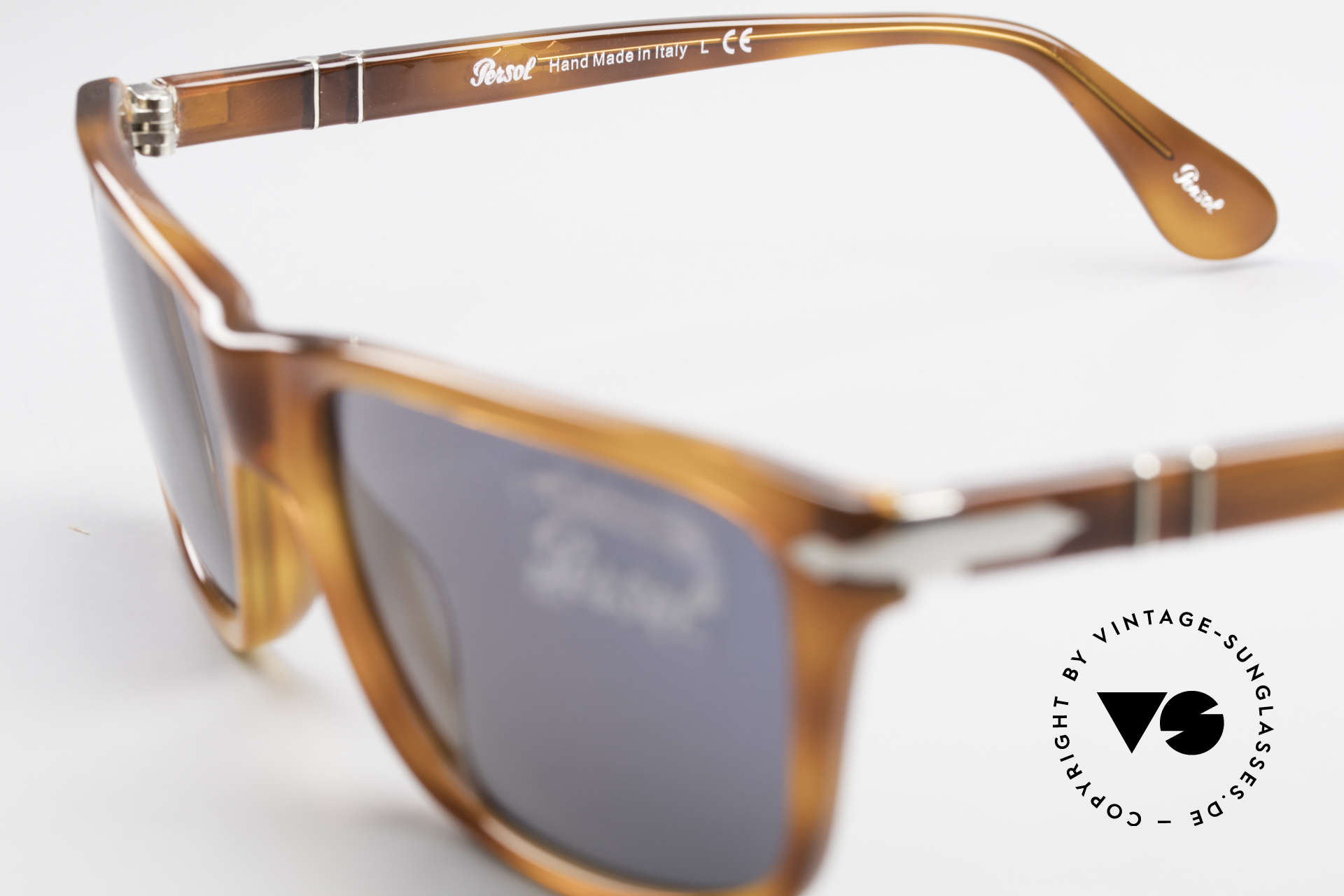 Persol 3026 Classic Sunglasses For Men, sun lenses could be replaced with prescriptions, Made for Men