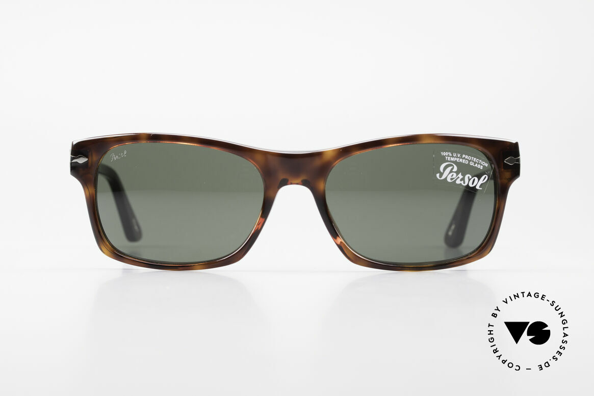 Persol 3037 Designer Sunglasses Unisex L, the current collection based on the old Persol RATTIS, Made for Men and Women