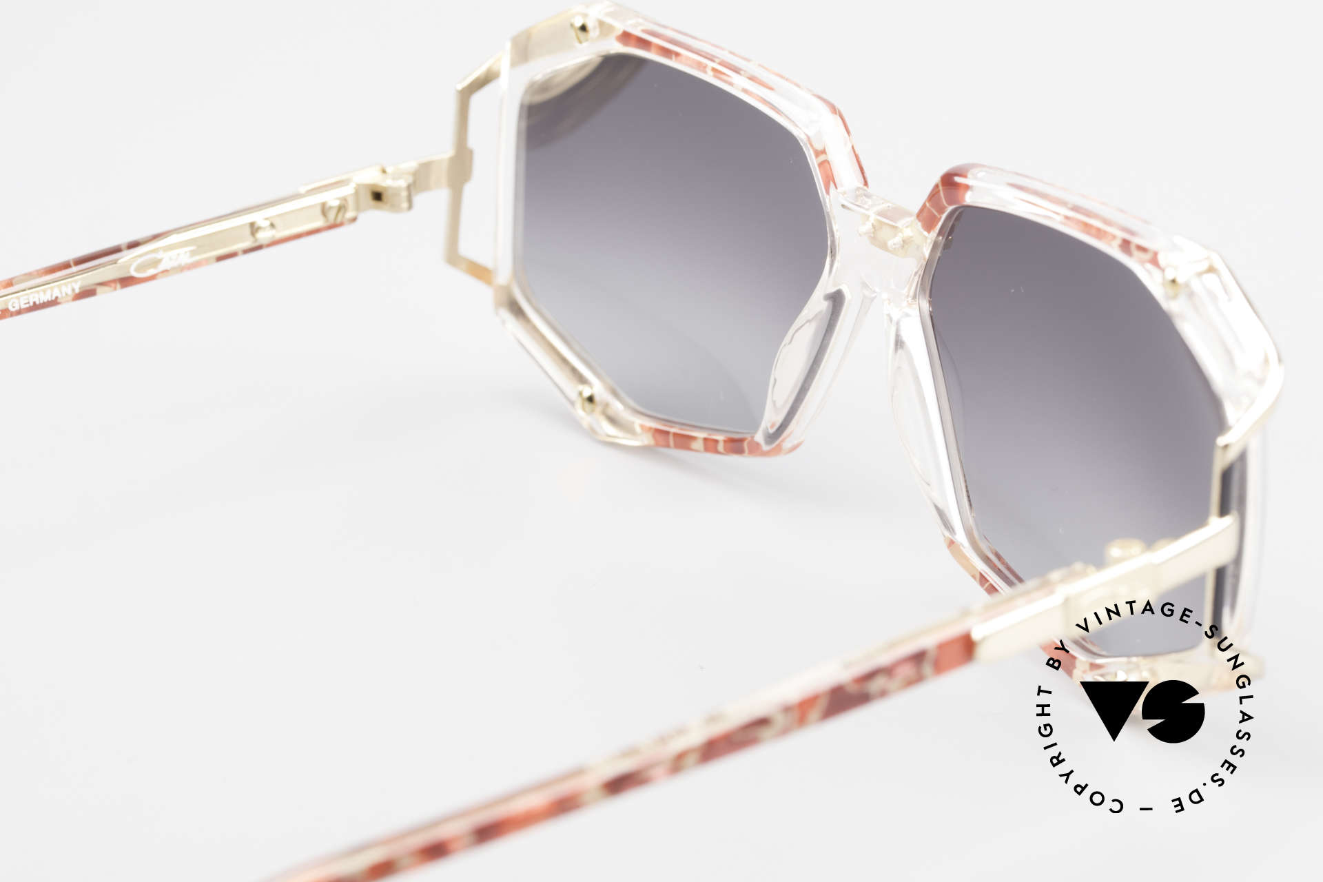 Cazal 355 Spectacular Cazal Sunglasses, frame width 120mm = tight fit (for SMALL heads only!), Made for Women