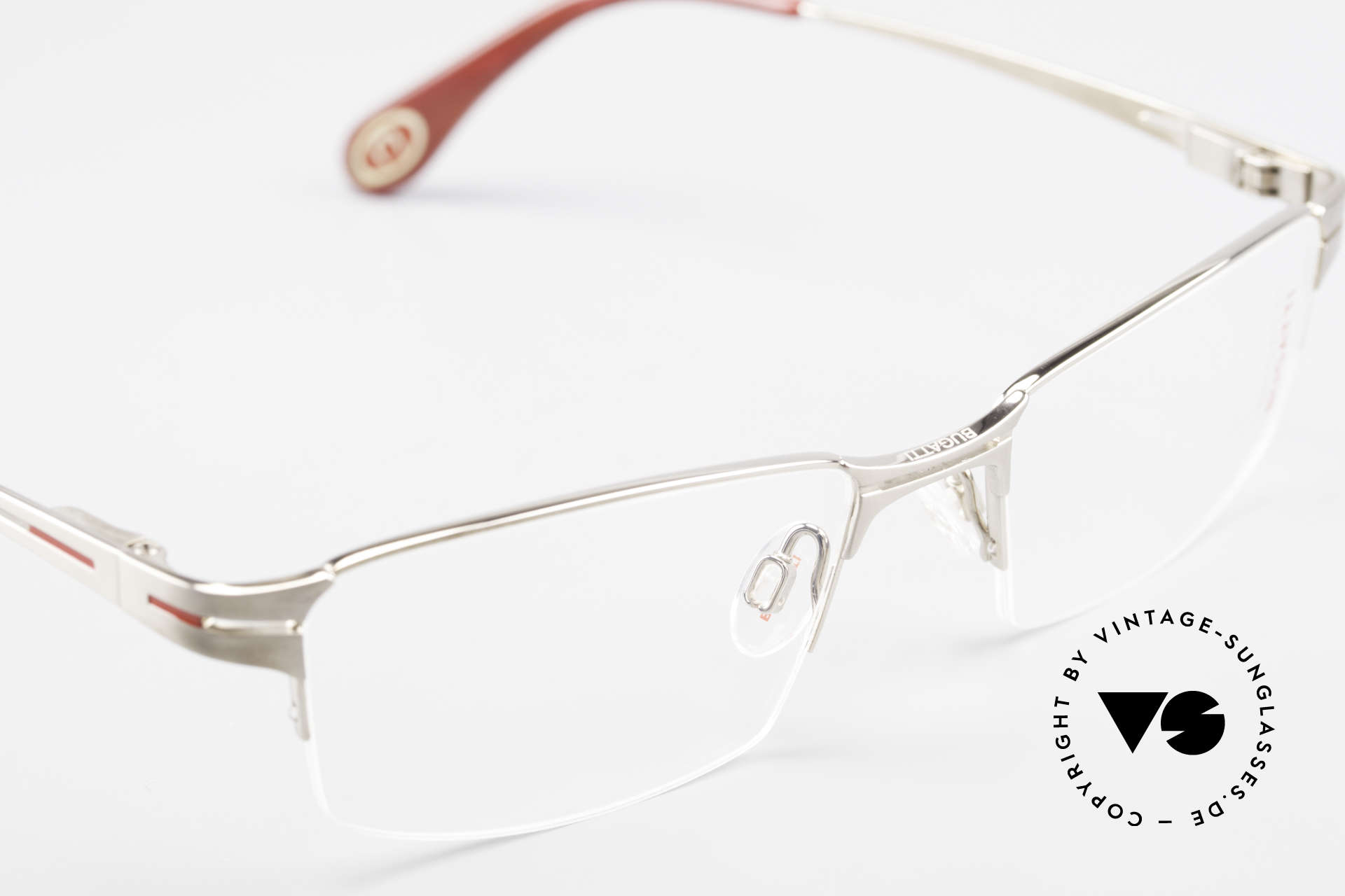 Bugatti 456 Nylor Titan Frame Palladium, unworn (like all our rare vintage Bugatti eyeglasses), Made for Men