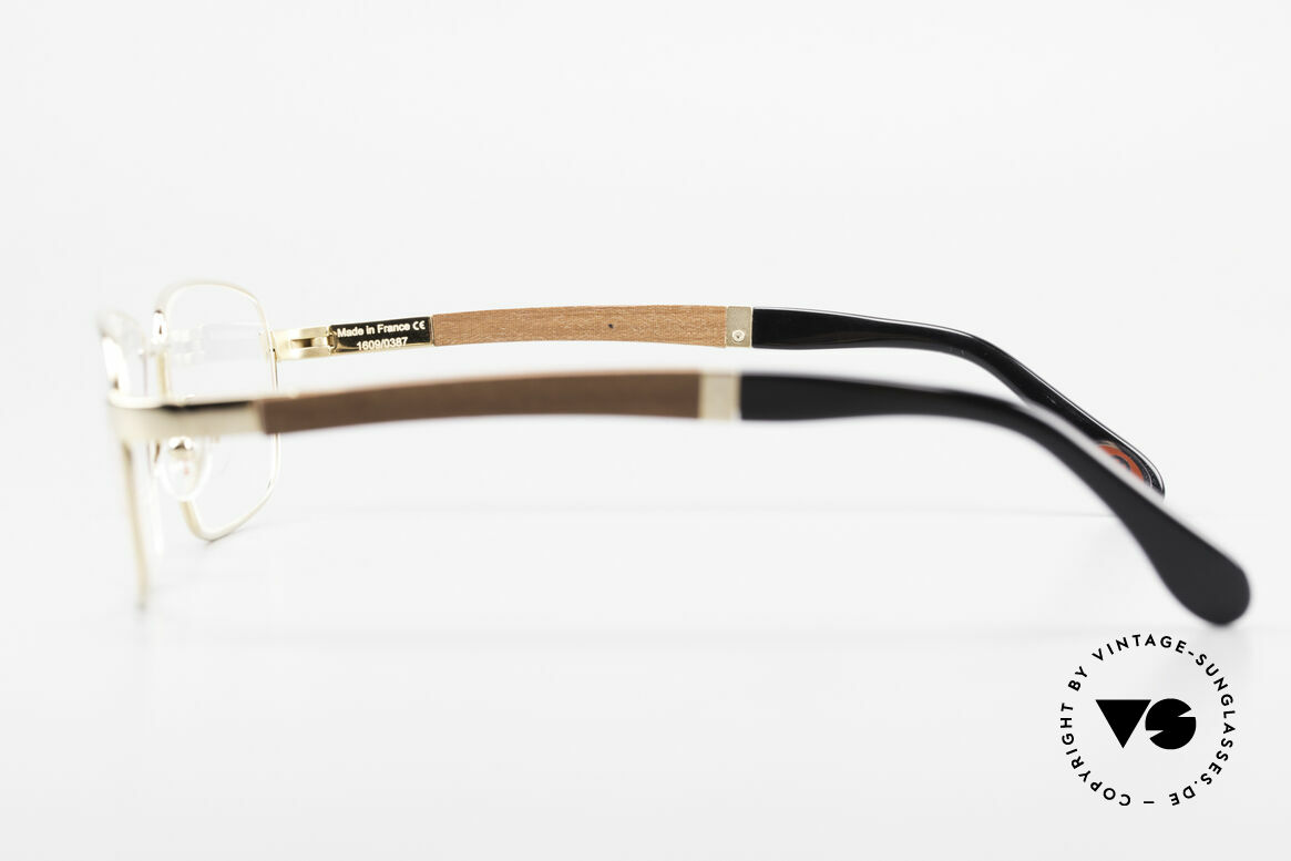 Bugatti 548 Precious Padouk Wood Gold L, the model is definitely at the top of the eyewear sector, Made for Men