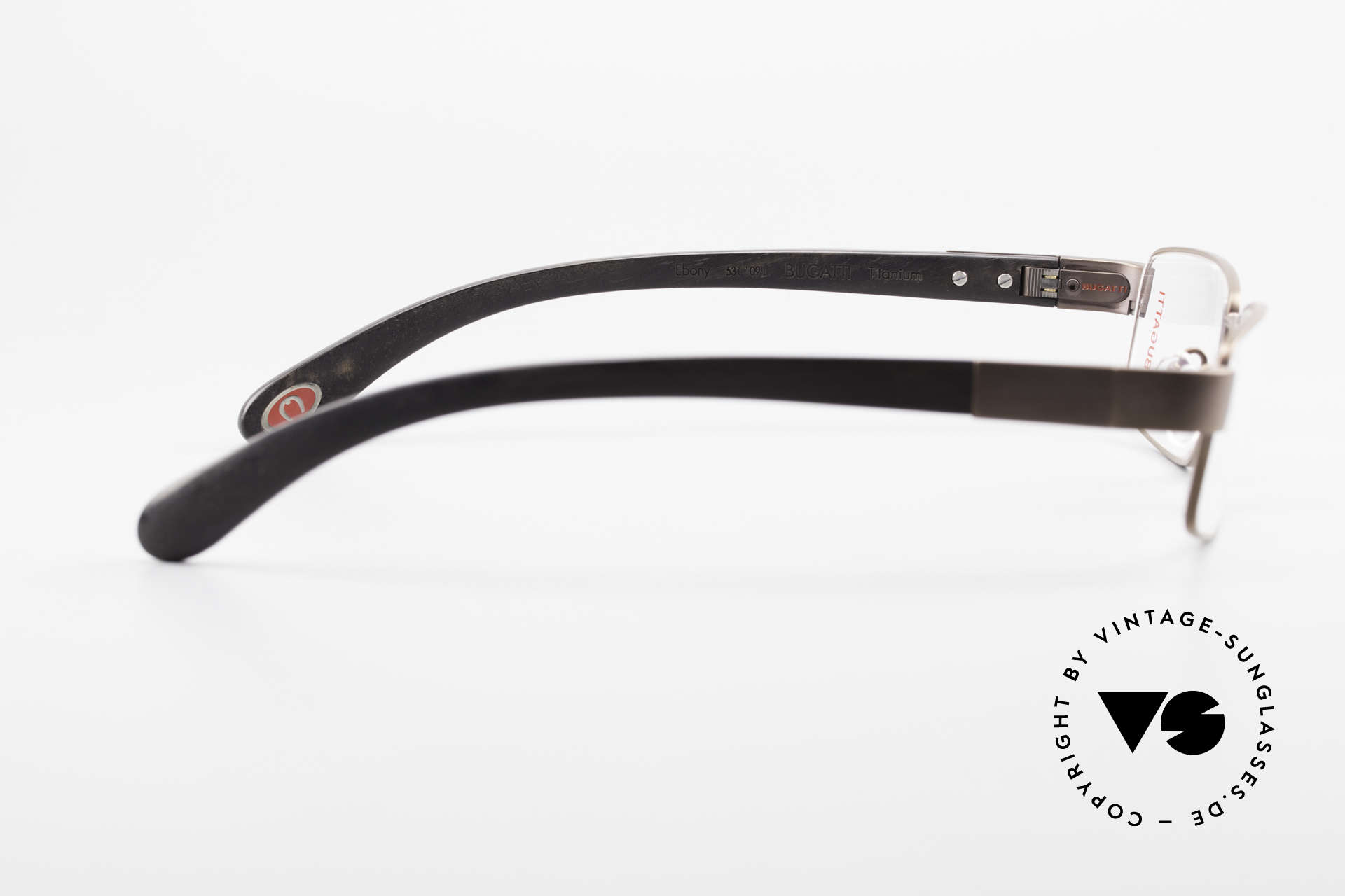 Bugatti 531 Ebony Titanium Eyeglass-Frame, unworn rarity for all lovers of quality; with orig. case, Made for Men