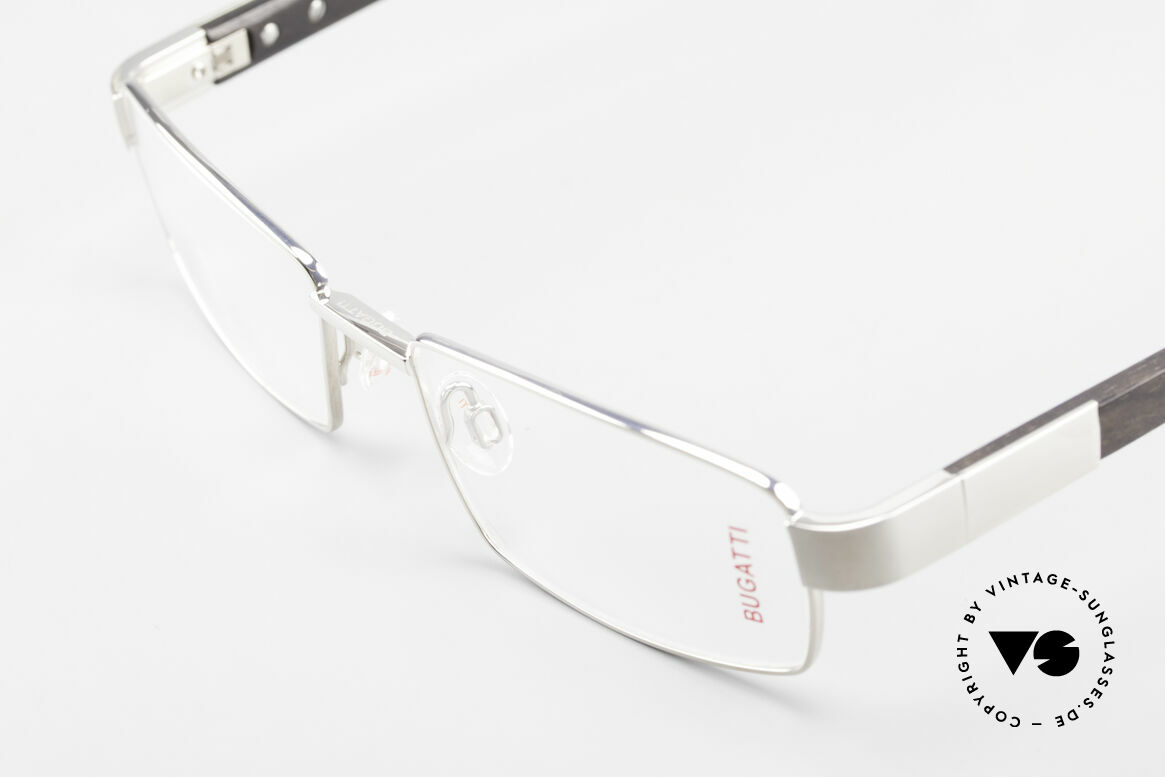Bugatti 531 Ebony Titan Frame Palladium, flexible spring hinges for a 1st class wearing comfort, Made for Men