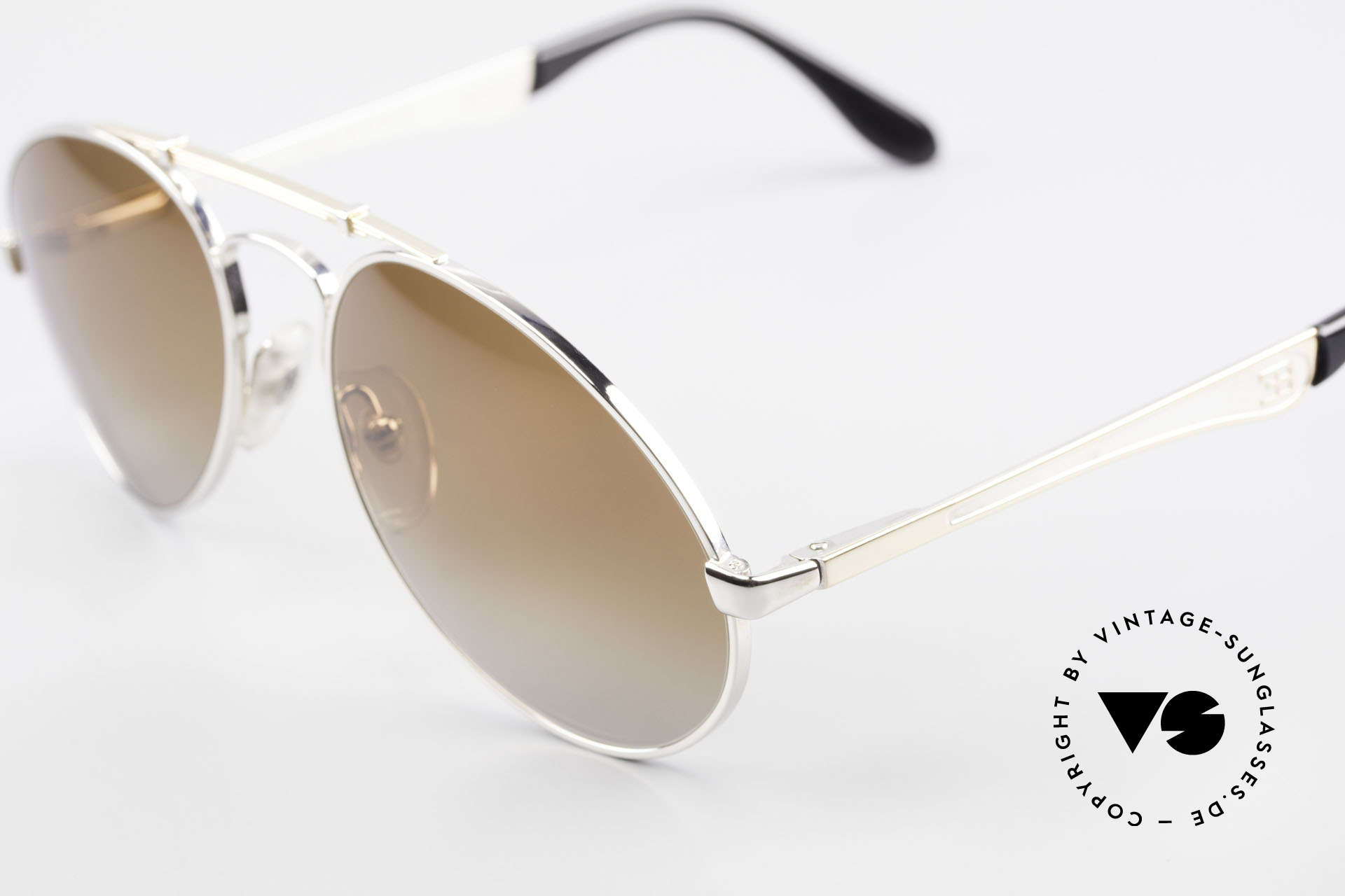 Bugatti 11909 80's Luxury Sunglasses Men, bridge is shaped like a leaf spring (silver/gold), Made for Men