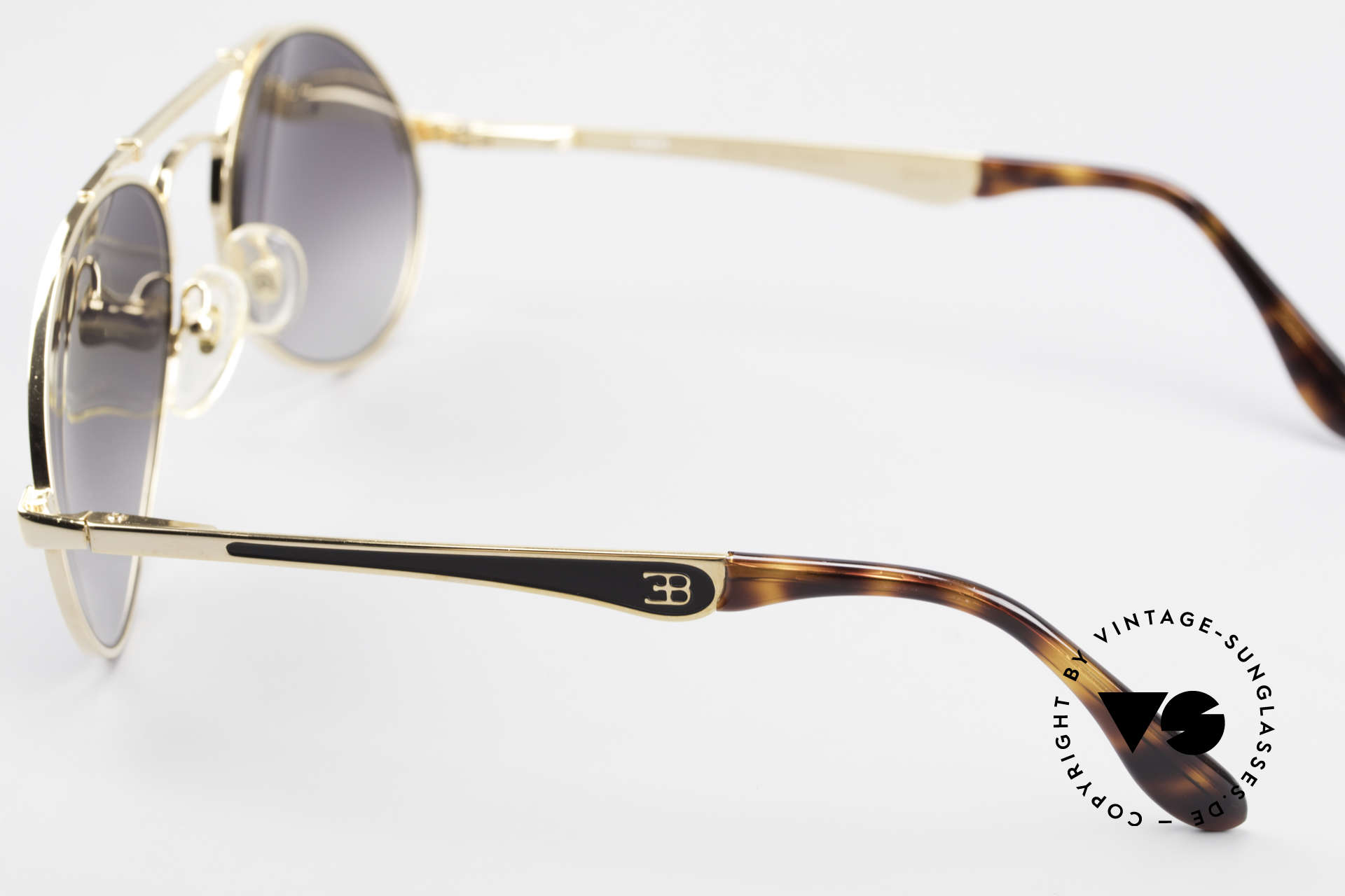 Bugatti 11911 80's Luxury Men's Sunglasses, bridge is shaped like a leaf spring (gold-plated), Made for Men