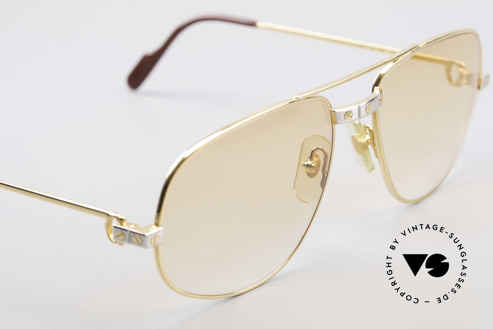 Cartier Romance Santos - L Luxury Vintage Sunglasses, 2nd hand model, but in a mint condition (incl. GUCCI case), Made for Men