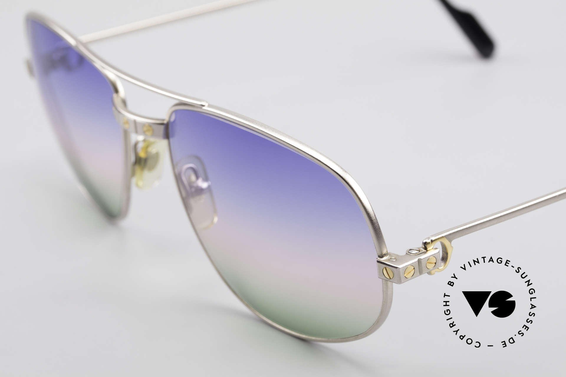 Cartier Romance Santos - L Palladium Shades Tricolored, 2nd hand, but in a mint condition (incl. GUCCI case), Made for Men