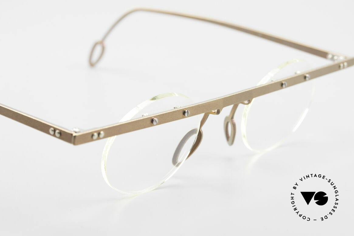 Theo Belgium Tita VII 9 Vintage Titanium Eyeglasses, the clear DEMO lenses are fixed with screws at the frame, Made for Men and Women