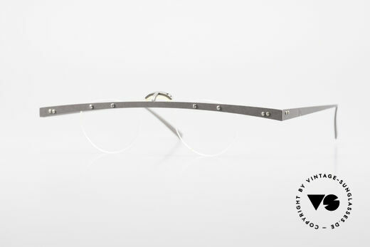 Theo Belgium Tita IV 8 Extraordinary Vintage Glasses Details