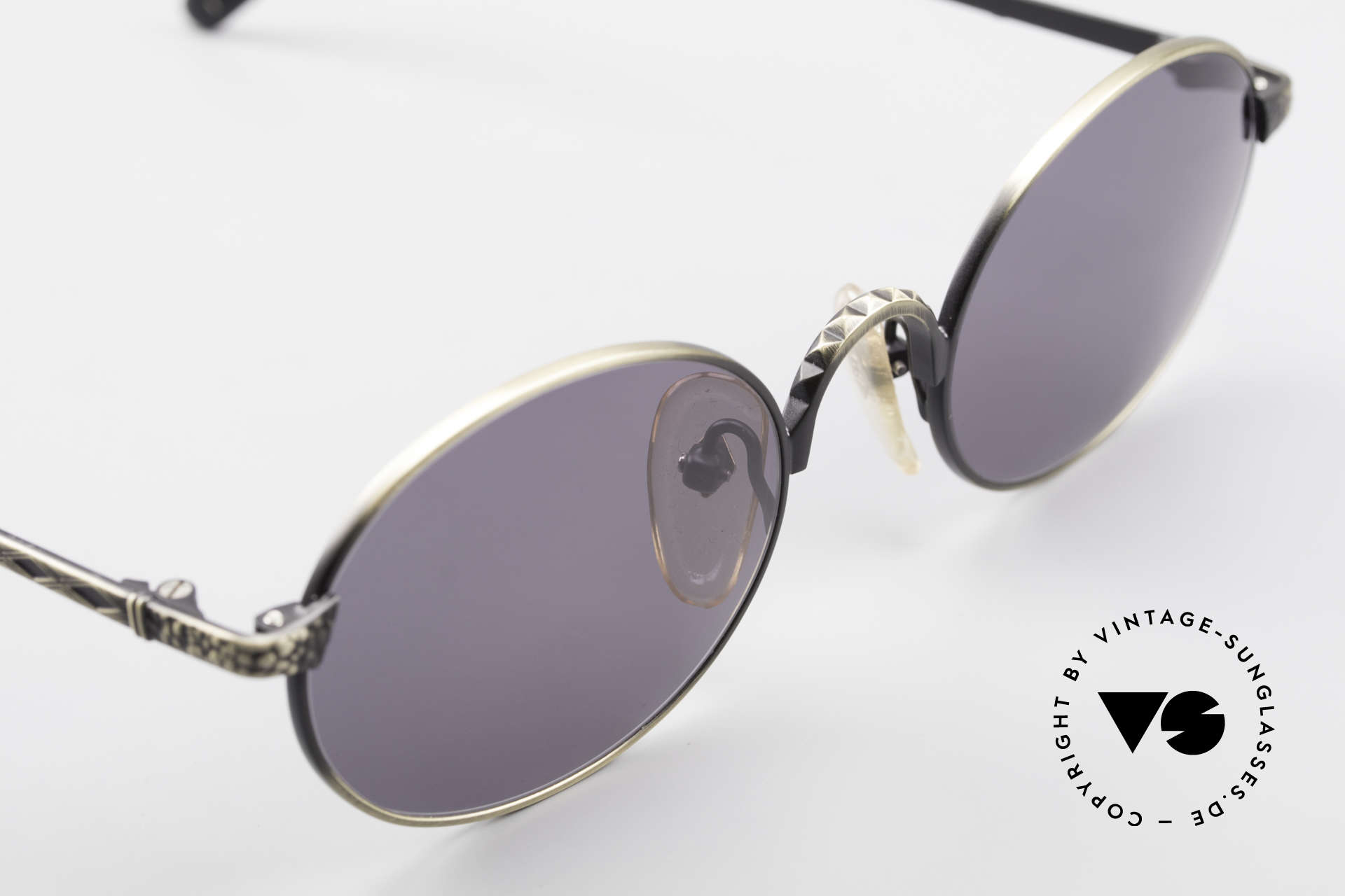 Jean Paul Gaultier 55-9672 Oval 1990's JPG Sunglasses, frame can be glazed with optical lenses, too!, Made for Men and Women
