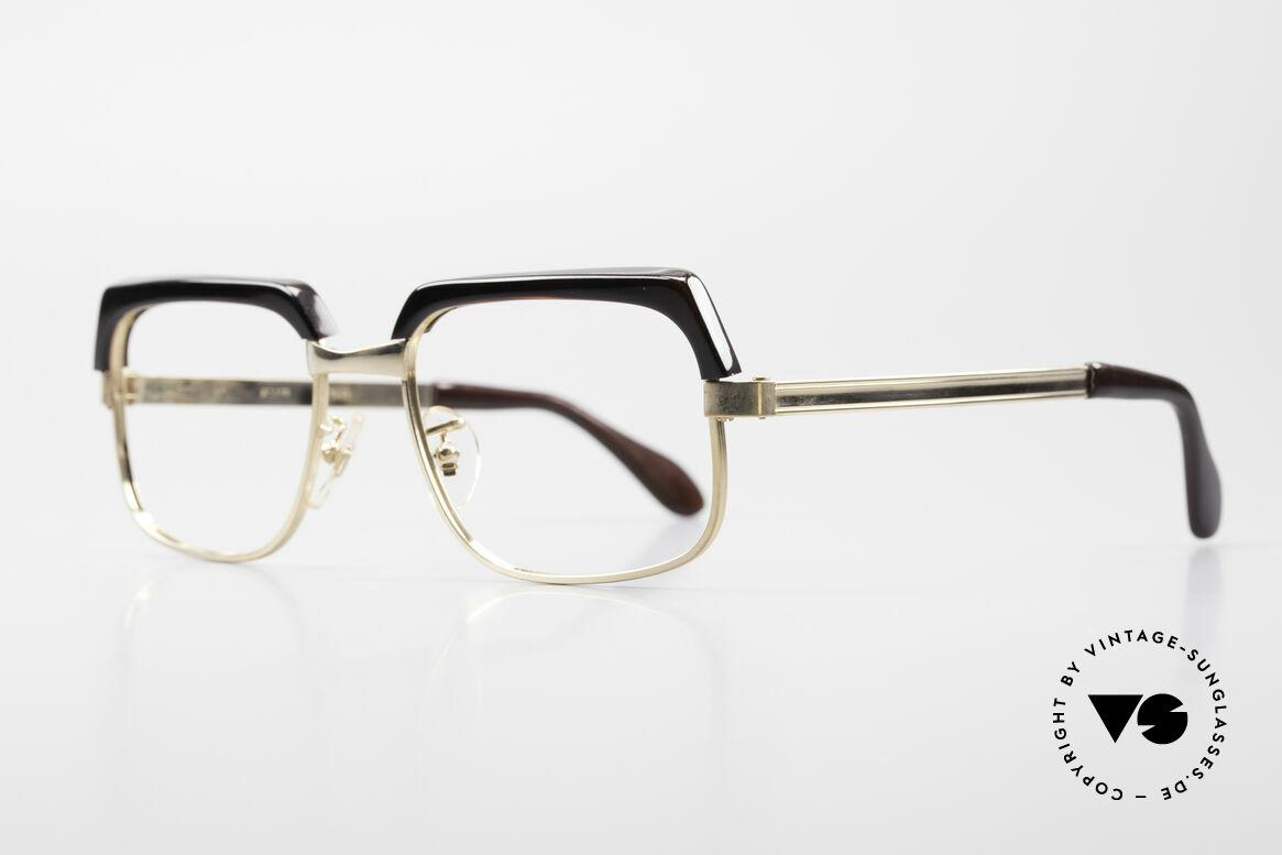 Selecta - Dalai Lama Pure Gold Filled Frame 70's, vintage gold-filled frame in 1/25 12kt. (carat) proportion, Made for Men